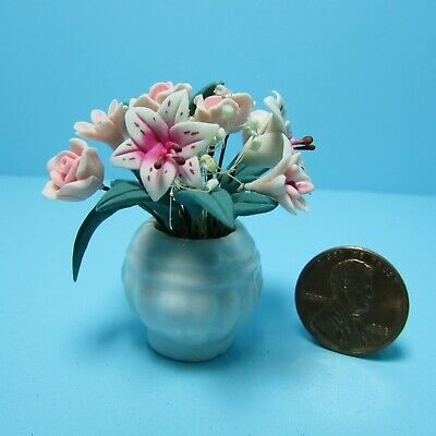 Dollhouse Miniature Tiger Lily & Roses in Pink Flower Arrangement in Vase F2077