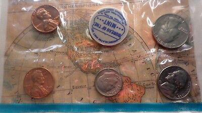 United States:  2 Uncirculated Mint sets 1968,1969