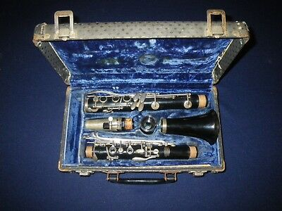 Buescher Plastic Student Clarinet - Cleaned, Serviced, & Ready To Play!
