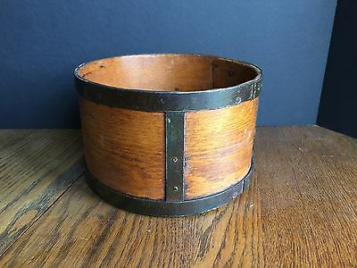 Antique Primitive Bent Wooden General Store 2 Qt. Dry Measure