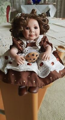 Marie Osmond porcelain Doll. Tiny Tot. Cookies And Milk. New