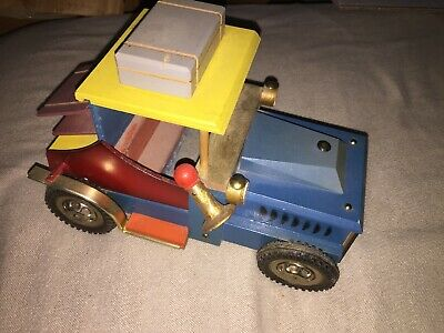 Vintage Wooden Schwedenmodel car Music Box  Beautiful Hand Crafted  .