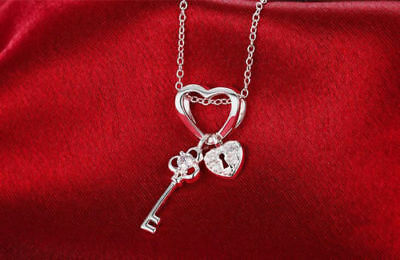 925 Sterling Silver Fashion Jewelry Heart & Key & Lock Pendant Chain Necklace.