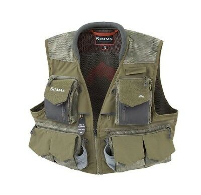 Simms Guide Fly Fishing Vest Size Large / Hex Camo Loden