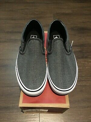 VANS Men s 9.5 Oversized Herringbone Chevron Grey Slip-On Shoes black white  new 3a4df793b