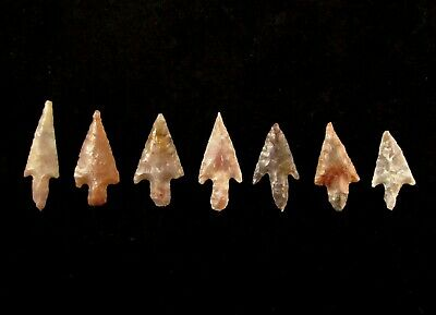 Ancient Neolithic Small Colorful Western Sahara Top Quality Barbed Arrowhead Set
