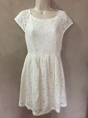 68fc632b6d Ladies Juniors Forever 21 white ivory lace pleated dress Size Small S EUC