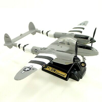 New DeAgostini WW2 Aircraft Collection Vo06 Fighter 1//72 Lockheed P-38