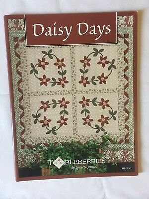 """""""Daisy Days"""". quilting, patchwork instruction & pattern book."""
