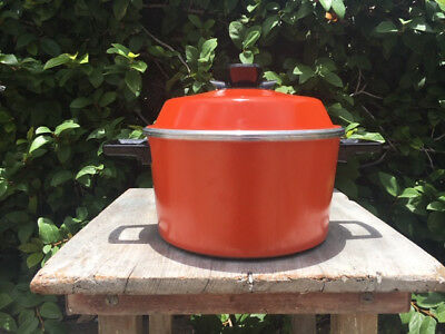 Margaret Fulton Classic Cookware by Bessemer 3 litre Casserole Pot Orange