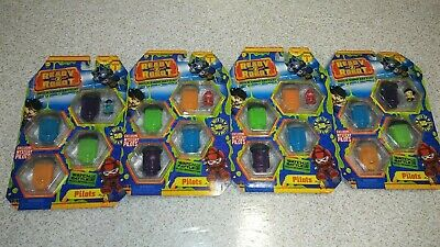 Lot of 4 Different Ready2Robot Series 1 Build Pilots /&  NEW Pilot MGA