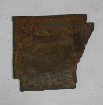 6 Inch ARKANSAS AR State Shape Rusty Metal Vintage Stencil Ornament Craft