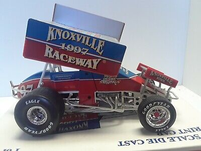 1:18 Knoxville #97 Sprint Car 1 of 3276 1997 Raceway