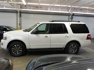 2016 Ford Expedition 4WD 4dr XLT $24,700 INCLUDES SHIPPING 22,000 MILES 4X4 IMMACULATE LIKE NEW NONSMOKER CAR