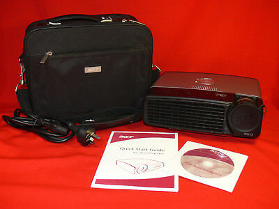 Acer PD113 DLP Portable MULTIMEDIA PROJECTOR and Carry Case 1600 ANSI Lumens VGC