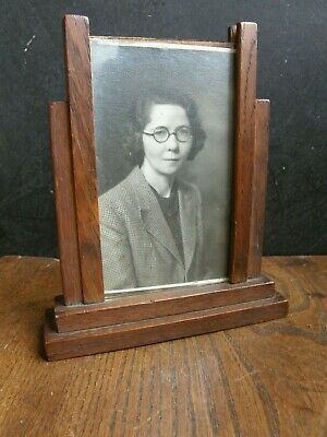 Vintage 1930's OAK Art Deco Photo Frame Glass Front COMES WITH PHOTO,FREEPOST UK