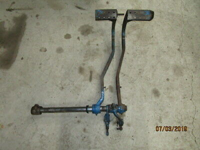 Ford 4000 Brake Pedals & Cross Shaft in Good Condition