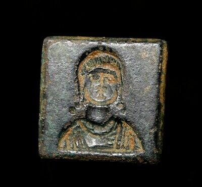 Museum quality square bronze weight with the bust of Mary