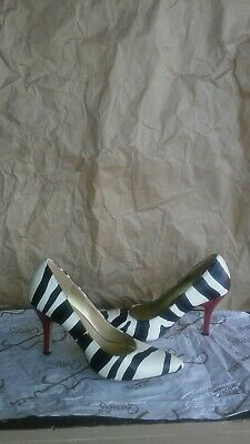 4f166681e4f Kelly   Katie Natalie Zebra print Pattern Pumps with RED heels Size 8M