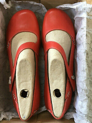 a3daa3c2a CLARKS FELICIA PLUM WOMENS Cherry Red Leather FLAT SHOES SIZE 7D