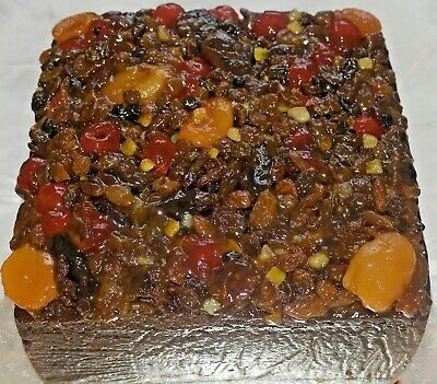 Rum Cake with Rum Soaked Topping 1250g 44oz