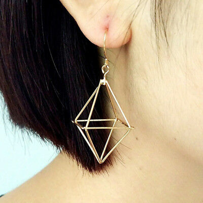 Pyramid Three-dimensional  Triangle Shape Geometric Pattern Earring For Women IT