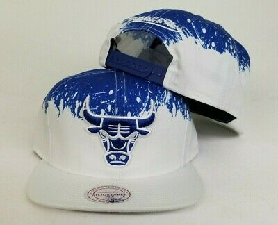 wholesale dealer a931a be31d Mitchell   Ness NBA Chicago Bulls White   Royal paint dripped snapback Hat  Cap