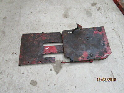 Case IH 384 RH Cab Foot Plates & Foot Throttle Pedal in Good Condition