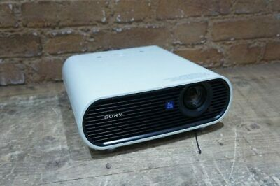 Sony VPL-EX70 224 Lamp hours used remote included 114480