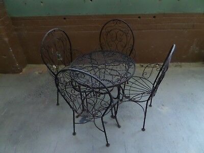 Awesome Child's Wrought Iron Patio Set Furniture 4 Chairs and Table