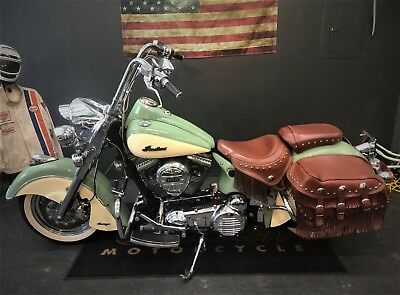 2009 Indian CHIEF VINTAGE #21/456 ONLY MADE 'WAR BONNET'.  2009 INDIAN CHIEF VINTAGE 'WAR BONNET' #21/456 RUNS GREAT. LOW MILES,