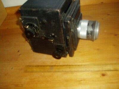 Heavy Early 20Th C Roll Film Bellows Camera