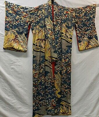 Antique Light Weight Japanese Silk Kimono With Gorgeous Ornate Floral Pattern