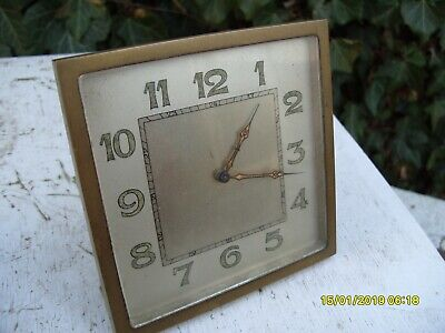 mantel  clock ART DECO    KEY WOUND  WITH FIXED  KEY 8 DAYS  6  RUBIS