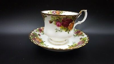 Royal Albert Old Country Roses Bone China Tea Cup Saucer MINT