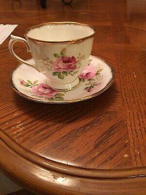 """royal albert american beauty"""" Pre-owned Teacup And Saucer"""