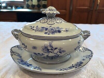 Mottahedeh Vista Alegre Small Blue & White Flowers Tureen & Underplate - 5 X 8