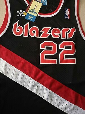 fe369adce3a8 Replica  22 Clyde Drexler Portland Trail Blazers Throwback Swingman Jersey  Black