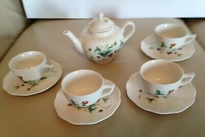 Nantucket Home Strawberry 4 Demitasse Cups, 4 Saucers and One-Pot Teapot Set