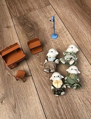 sylvanian families figures Sheep Family And Furniture