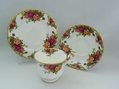 """ROYAL ALBERT """"TRIO"""" Cup/Saucer/Side Plate  *c1962 - Old Country Roses* - Excel."""