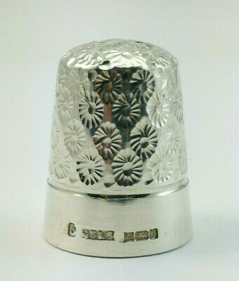 c1975, JAMES SWANN & SON, SOLID SILVER HAND ENGRAVED FLORAL DESIGN THIMBLE, 5