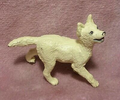 Safari Ltd White Wolf Pup - 1990 Vintage PVC Animal Replica