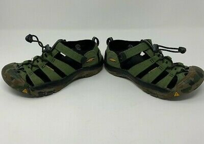 01426ab21df41 KEEN Newport H2 Camo & Green Waterproof Sport Sandals Kids Youth Children  Size 4