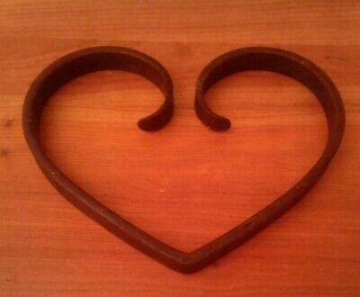 Trivet  Heart Shaped Hand Wrought Iron Country Tyle