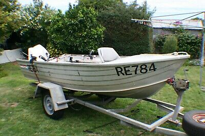 3.9 Meter Stessl Aluminium Fishing Boat With 15 Hp Johnson Outboard
