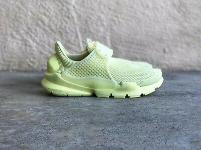 more photos 3d6eb ca94b NIKE SOCK DART Br Breathe 909551 700 Lemon Chiffon Yellow Ds Size 6