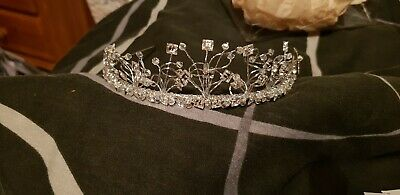 Wedding Tiara. Swarovski Crystals. Designed by Liza.
