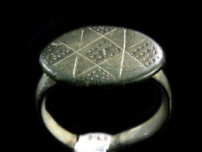 AMAZING Roman Bronze RING, TOP DECORATION AND CONDITION+++