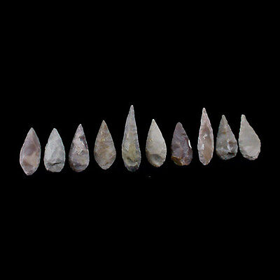A collection of ten (10) chert stone arrow heads. Vakhsh culture x6704